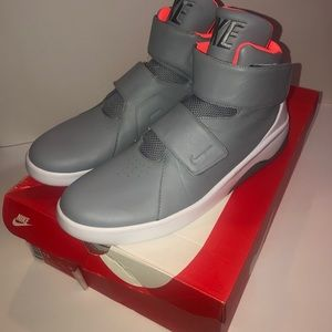 New Nike Marxman Stealth Grey Orange Sz 13